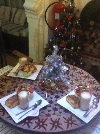 Riad Baraka: christmas in chaoun