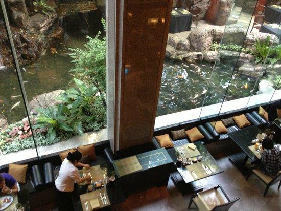 Banyan Tree Bangkok: restaurant