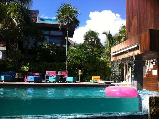 Be Tulum Hotel: the pool