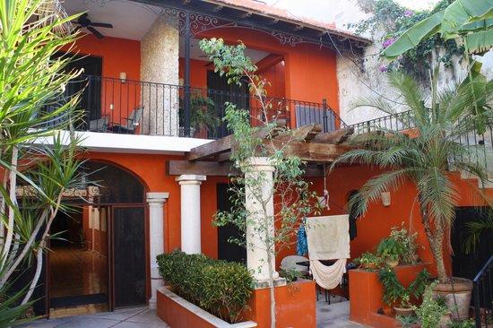 Luz En Yucatan: Zimmeransicht vom Innenhof