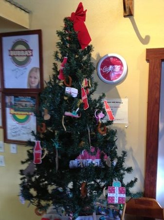 Bubba Burgers: A very unique Christmas tree here. Note the onion rings.