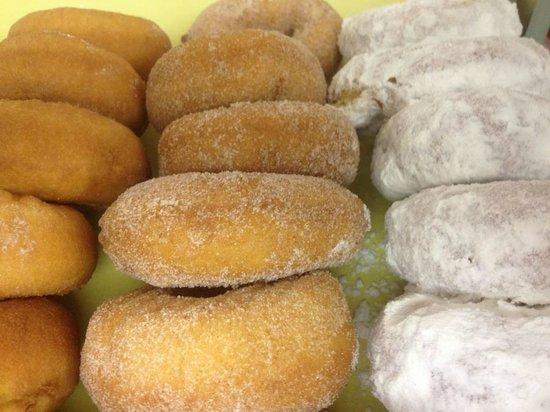 Holtman's Doughnut Shop: Cake Donut