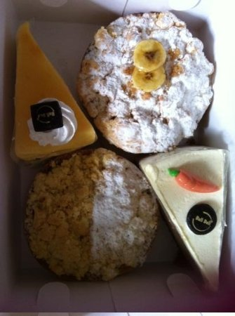 Kanishka Villas : yummy treats from bali deli