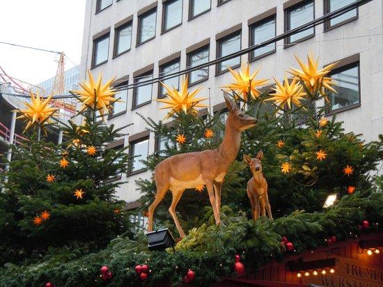 Tulip Inn Düsseldorf Arena: Christmas markets