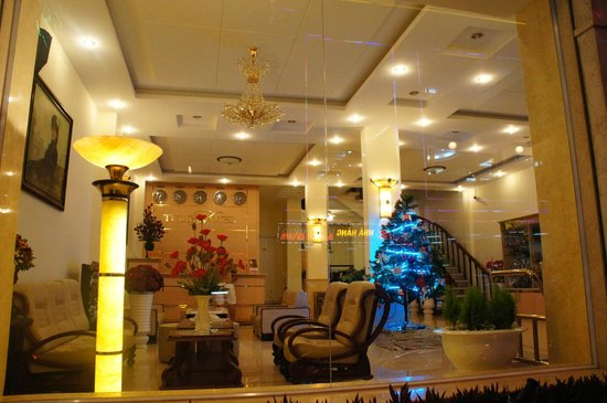 Tulip Hotel: Lobby