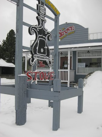 The Stove Restaurant Country Cookin : fresh powder
