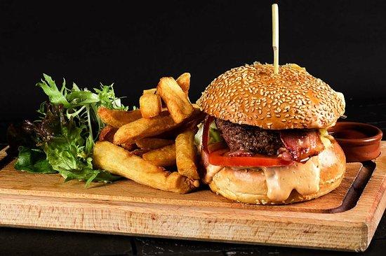 Les Bistronautes : Cheeseburger au Stilton & frites