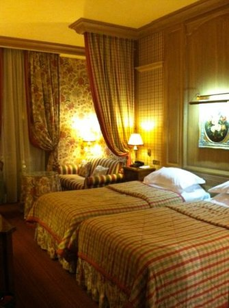 Chambiges Elysees Hotel: Room 101