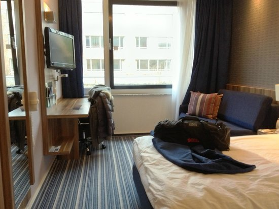 Holiday Inn Express Essen - City Centre : Standard double room