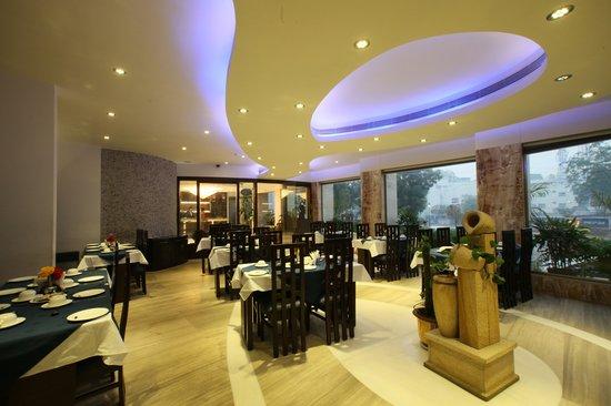 Hotel Taj Resorts: BON-APPETIT RESTAURANT