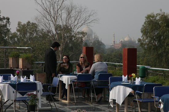 Hotel Taj Resorts: TAJ VIEW (ROOFTOP RESTAURANT)