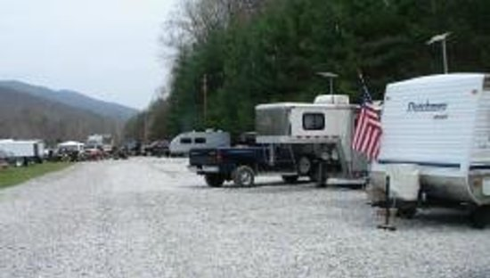 Putney, KY: RV Sites