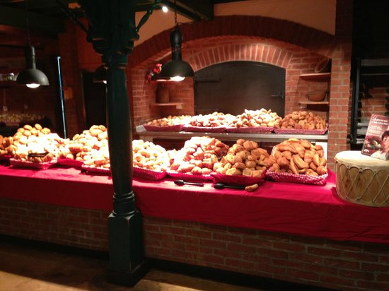 Disney's Hotel Cheyenne: breakfast