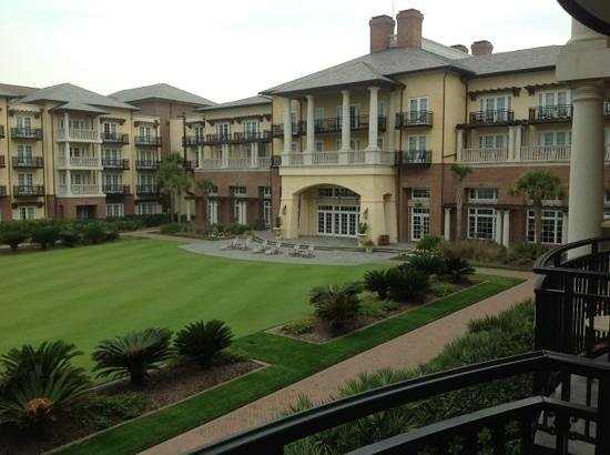 The Sanctuary at Kiawah Island Golf Resort: view from ocean side