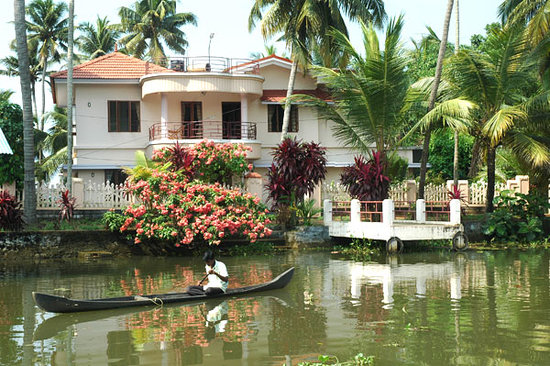 Village Paradise Backwater Homestay