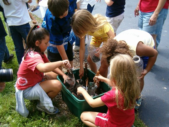 The Wilderness Center: Soil class with children