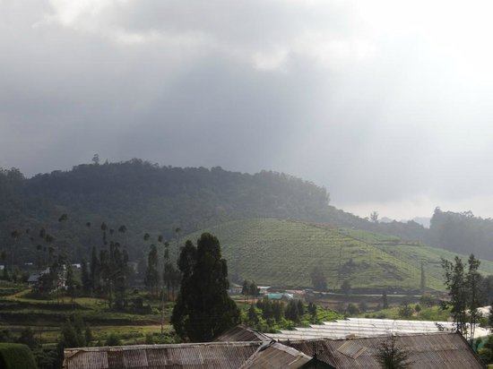 Hotel Mayura Sudarshan Ooty: Spectacular View once you come out of the room