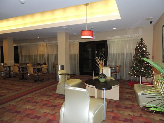 TownePlace Suites Columbia Southeast/Fort Jackson: Lobby