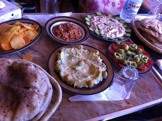 western desert tours day tour delicious food