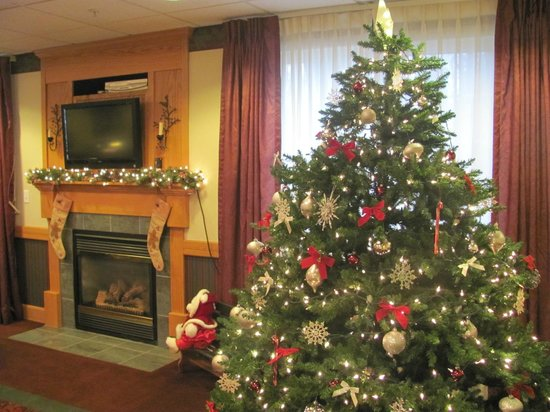 Merry Christmas from Dollinger's Inn & Suites