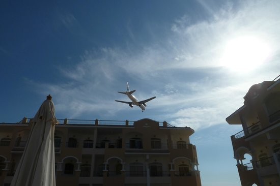 Egyptian Experience Sharm el-Sheikh: Final approah to airport!