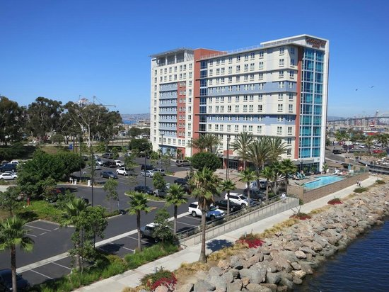 Residence Inn Long Beach Downtown: View of hotel and parking from bridge