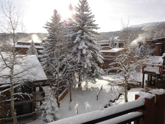 ذا ستونبريدج إن أ ديستينيشن هوتل: View from balcony 