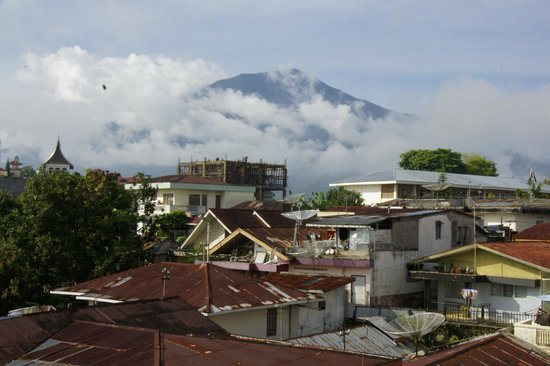 Hotel Grand Kartini : Blick aus dem Hotelzimmer