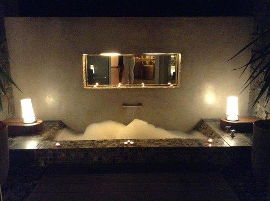 Anse La Raie: La baignoire sur la terrasse
