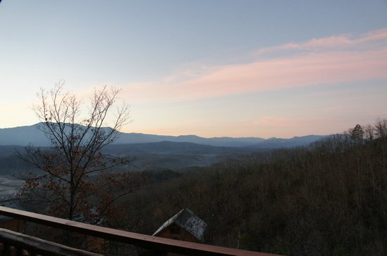 Legacy Mountain Resort: View from cabin
