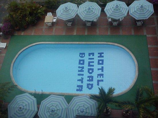 Hotel Ciudad Bonita : piscina