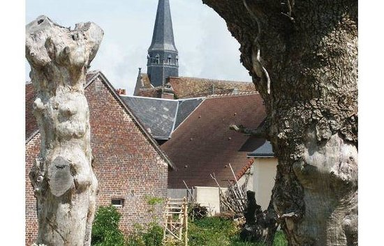Maison Botanique: Church of Boursay