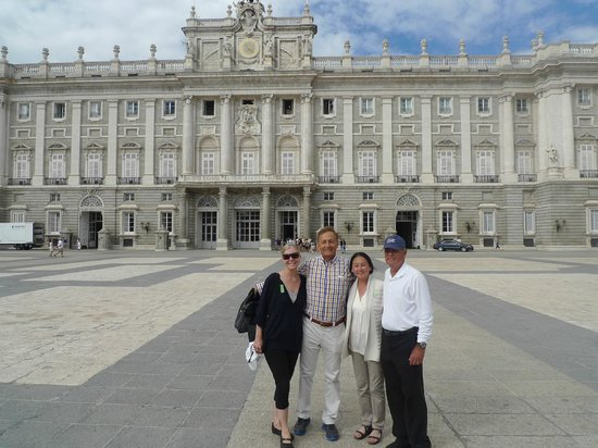 Private Madrid Museum Tours : Palace in Madrid