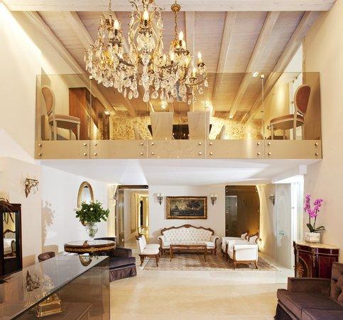 ريموندي بوتيك هوتلز: Hotel's Lobby