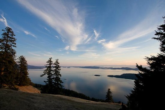 Gulf Islands National Park Reserve of Canada: View from Mount Warburton Pike, Saturna Island