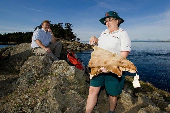 Gulf Islands National Park Reserve of Canada: Interpretive program at Winter Cove, Saturna Island