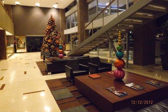 Hotel Estelar Milla de Oro: recepcion