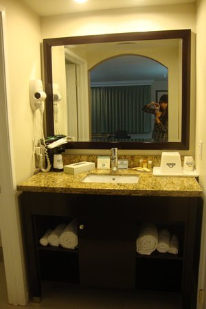 Days Inn Downey: Room