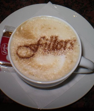 Fillers Coffee Bar: Best cappuccino in town!