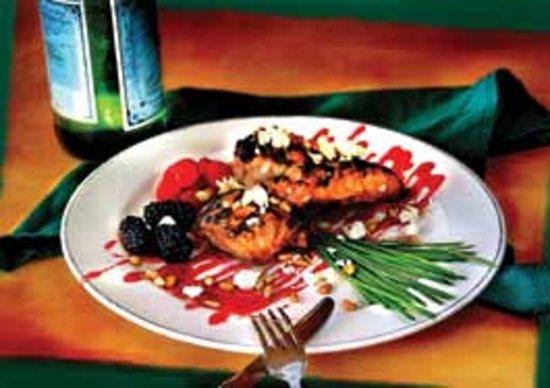 Canteen Bar & Lounge: Raspberry Chicken