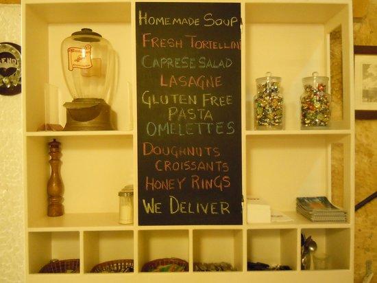 Reno's Cafe Valletta: Daily Specials