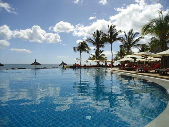 Sands Suites Resort & Spa: du bord de la piscine