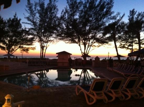 Guy Harvey Outpost, a TradeWinds Beach Resort: pool