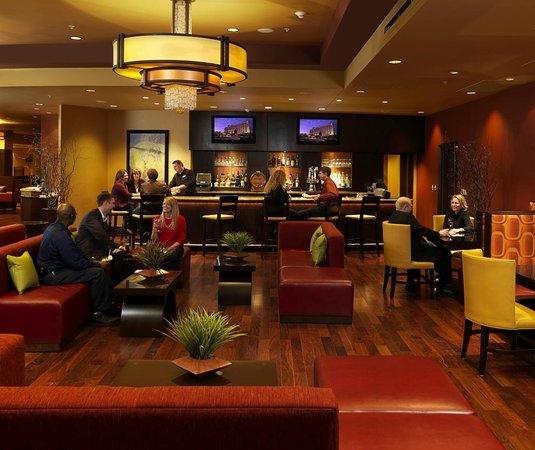 Jesse's Grille: Lounge