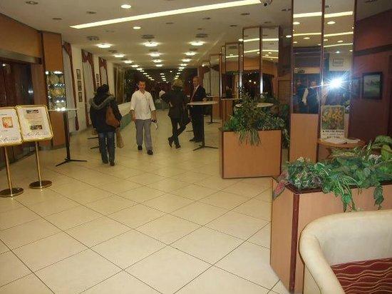 Benczur Hotel: Lobby