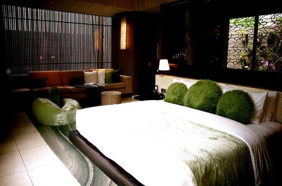 W Bali - Seminyak: the massive room