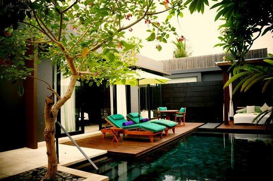 W Retreat & Spa Bali - Seminyak: the pool