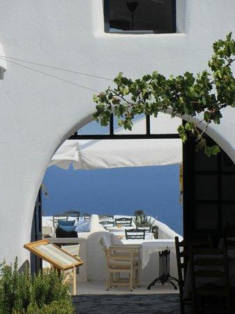 Finikia Memories: Entrada al restaurante