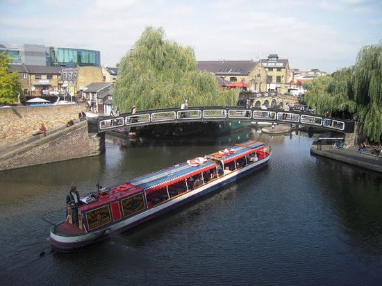 Holiday Inn London - Camden Lock: View from room