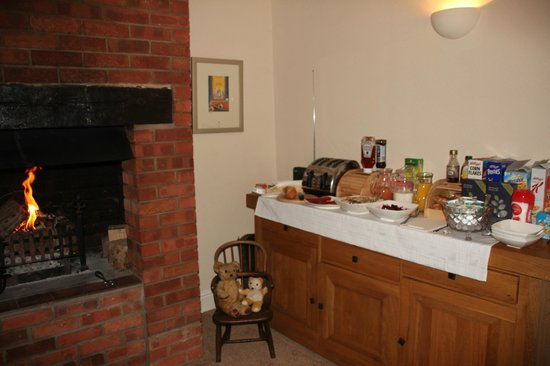 The Old Manor House at North Somercotes: Breakfast Room